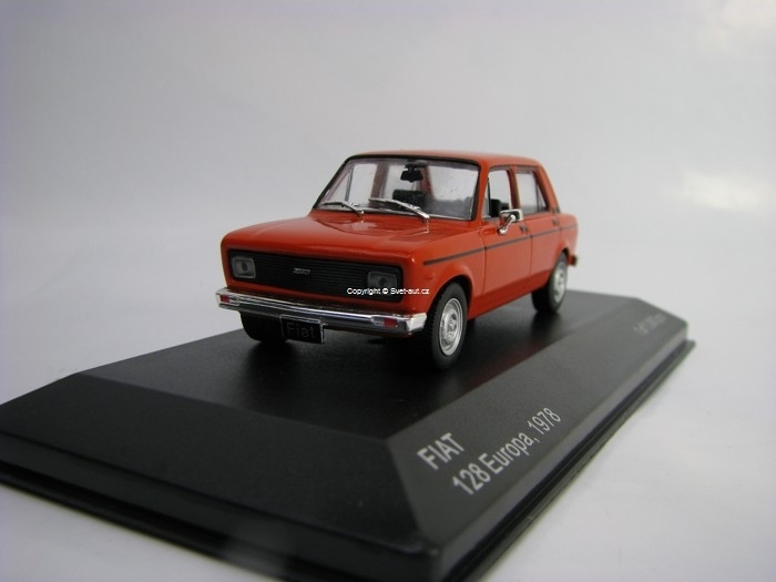 Fiat 128 Europa 1978 Red 1:43 White Box